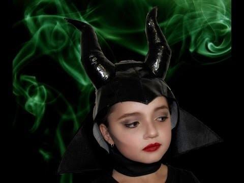 Trucco e costume da strega malefica per bambina